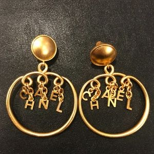 Vintage Chanel 90s Round Dangle Clip Earrings